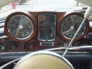 79号ブログ 1964年 ベンツ 300SEクーペ. W112.W111. メーター不調 、ケーブル修理 その1