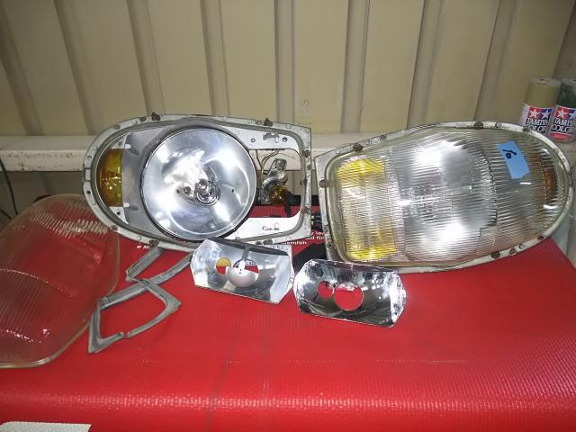 39号ブログ 1964年 ベンツ 300SEクーペ. W112 .W111.ライト回り  修理 その1