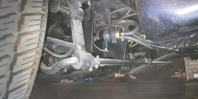 54号ブログ 1964年 ベンツ 300SEクーペ. W112 .W111.エンジン不調 燃料ポンプ修理 その2