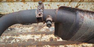 85号ブログ 触媒(ショクバイ)の交換 排気漏れ 修理 その3